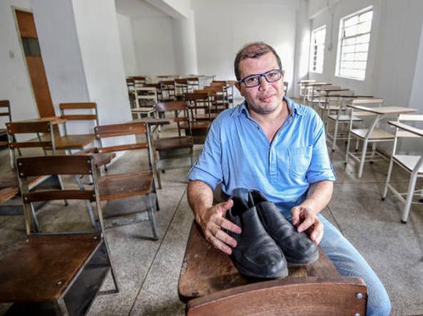 José Ibarra con le sue vecchie scarpe d561e607ea8