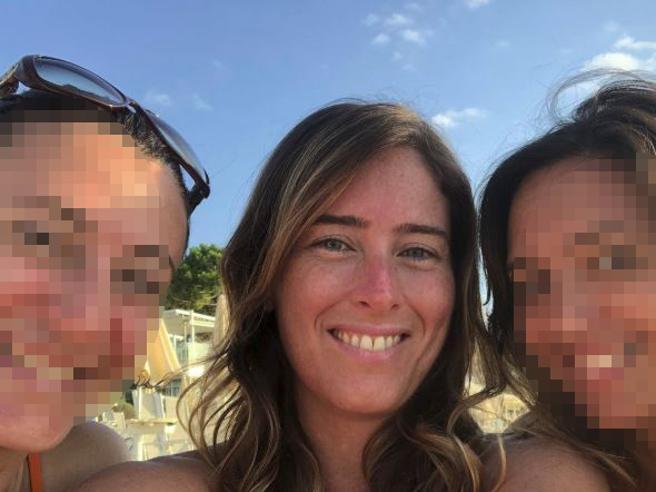 Maria Elena Boschi in Maremma con le amiche, Daniela Santanchè al mare: l'estate della politica