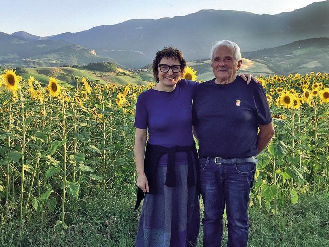 Donatella Di Pietrantonio, la scrittrice e il papà contadino