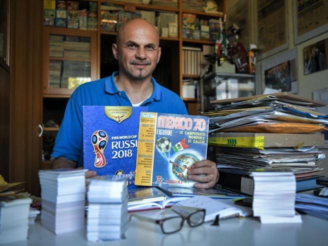 «Raccolgo figurine di calciatori da quando ho 8 anni:   la mia è la collezione più grande al mondo»
