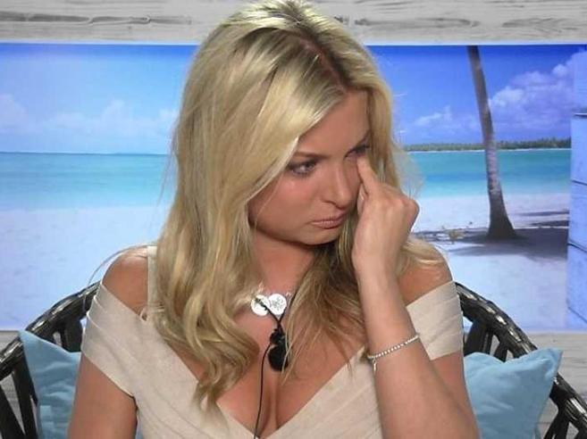 Depressione dopo i reality show, la denuncia delle ex concorrenti