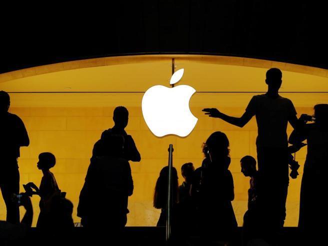 Apple da record, vale 1.000 miliardidi dollari: è la prima società al mondo