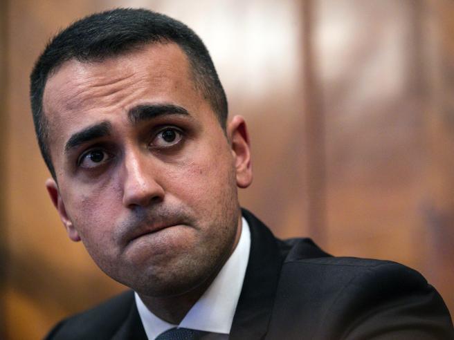 «Uno spreco 10 miliardi sulla Tav». E sull'IlvaDi Maio boccia Mittal