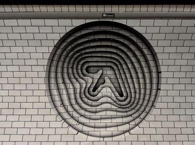 Aphex Twin, risolto il mistero del graffito a Torino. In arrivo l'Ep «Collapse»