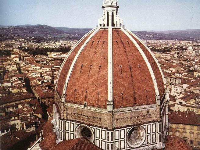 Firenze, scoperto giro di biglietti irregolariper la Cupoladel Brunelleschi
