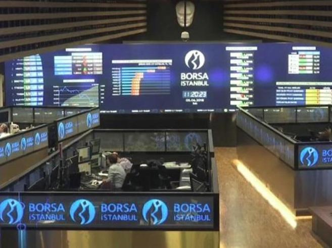 Crollo della lira turca, la battaglia dell'inflazione