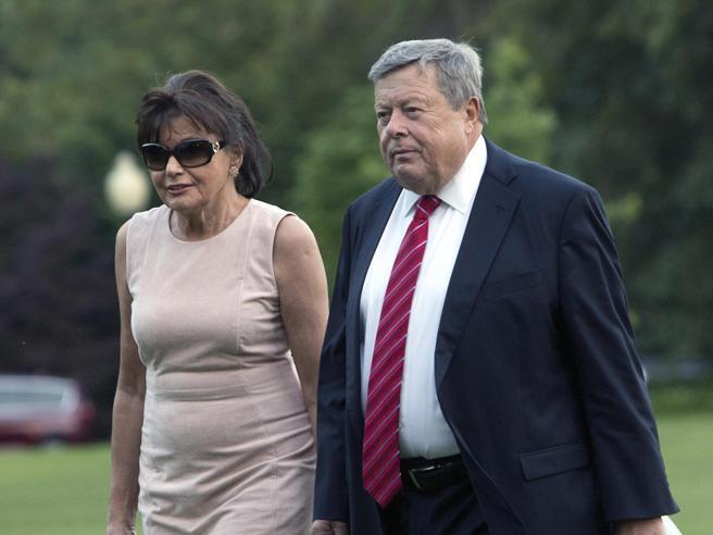 I genitori di Melania Trump cittadini Usa (grazie alla legge che Donald vuole eliminare)
