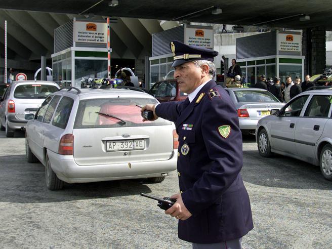 Blablacar, dà passaggio a due stranieri irregolari (senza saperlo): condannato  a 9 mesi
