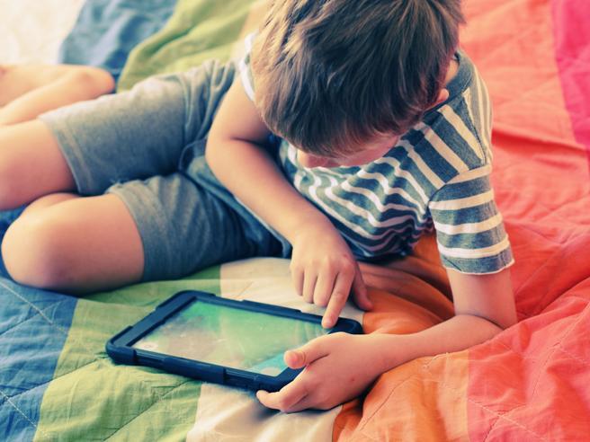 «Le App educative non servono ma non sono dannose, meglio un libro»