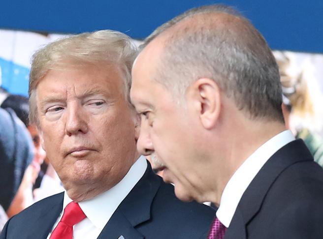La partita dei due Sultani: chiuso nel suo fortino  Erdogan