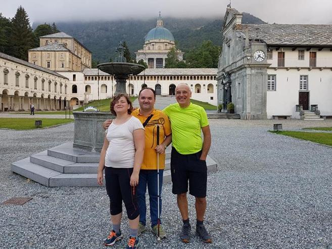 Giulia e Luca, 40 km tra i monti anche senza vedere