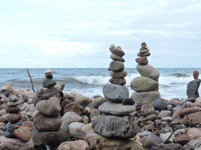 Cos?è il «rock stacking» e perché  in Inghilterra scattano i divieti