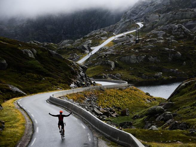 In Norvegia a pedalare alla Maserati Haute Route: tre tappe tra muri<a href=