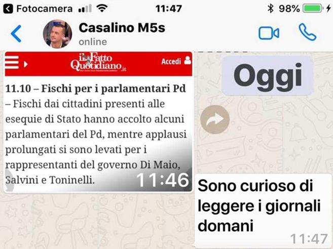 «Genova, fischi al Pd» E Casalino: «Voglio vedere i giornal