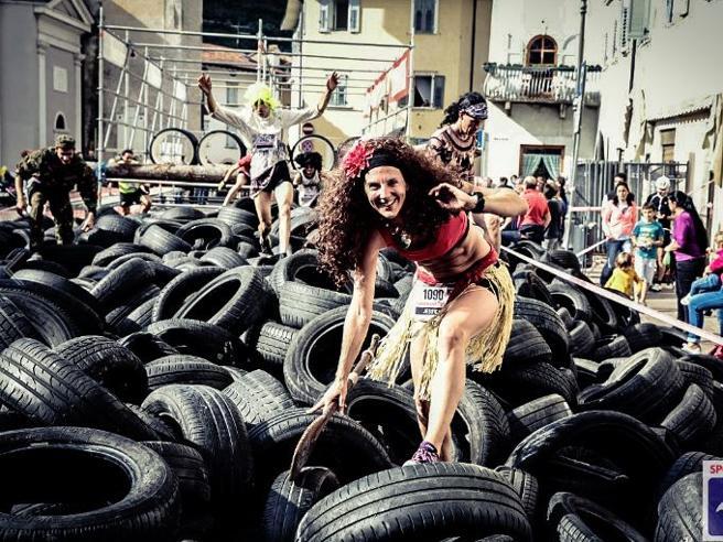 Tra fango e pneumatici, è a Rovereto la corsa ad ostacoli più pazza d'Italia