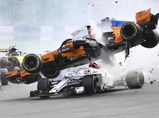 Formula 1, le pagelle del Gp a Spa. Una Ferrari da 8,5 e la rimonta perfetta di Vettel (8) per riprendersi il Mondiale