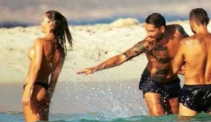 Borriello, Ibiza e la «vida loca»: il nuovo contratto, le ragazze in topless, gli amori e Belen...