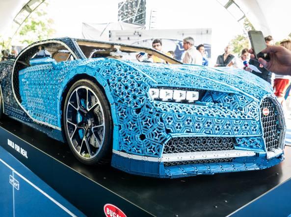 Quella Bugatti Di Mattoncini Lego Che Funziona Davvero Fa I 20 Kmh
