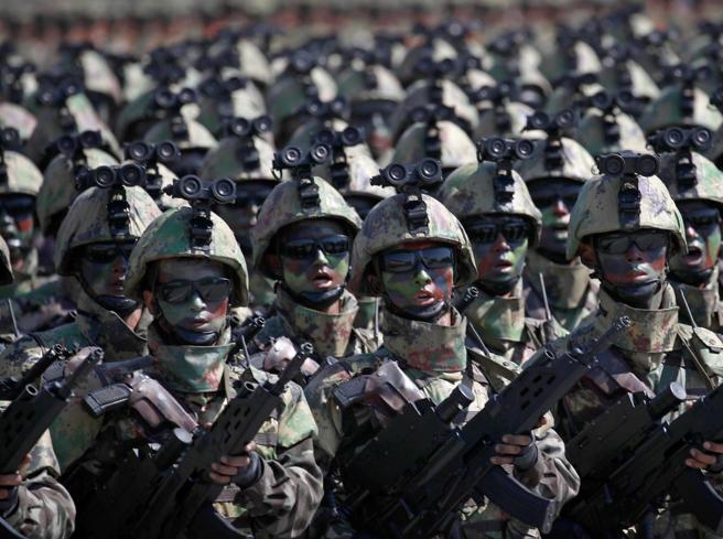 Corea del Nord, la parata per il 70°anniversario (ma non ci sono i missili intercontinentali)