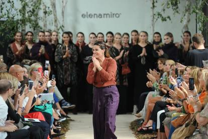 Milano Fashion Week al via. Numeri da record tra sfilate e ... 213e790de88