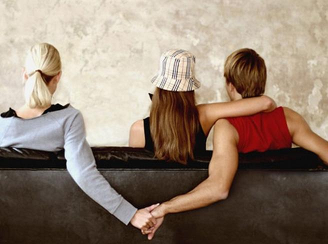 Credi che il partner ti tradisca? Attento a questi 6 segnali