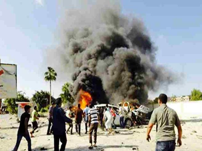 Tra i cento fuochi di Tripoli: così avanza la marcia di Haftar Foto