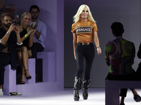 7c45696659 La svolta di Versace: «In vendita a Michael Kors per 2 miliardi di ...