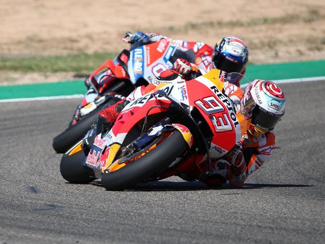Marquez vince passando negli ultimi giri, 2° Dovizioso, terzo Iannone