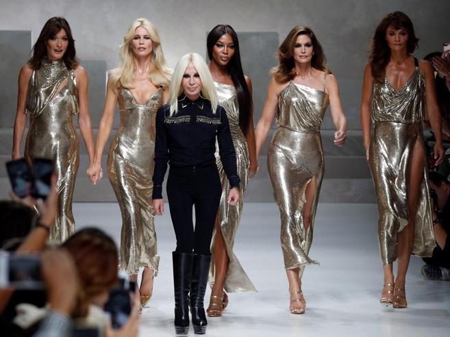 «Versace venduta al gruppo Usa Kors». In corso le firme Sfi