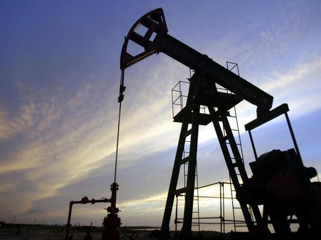 Il petrolio vola ai massimi da 4 anniSfiora  gli 81 dollari  Mappa dei mercati