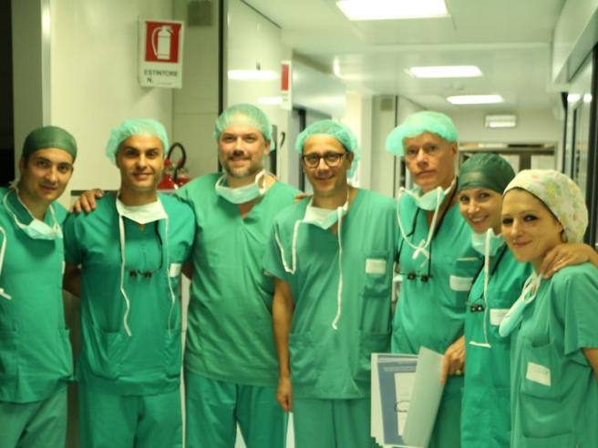 Il chirurgo del trapianto di faccia: «Il mio vice è ancora un precario»