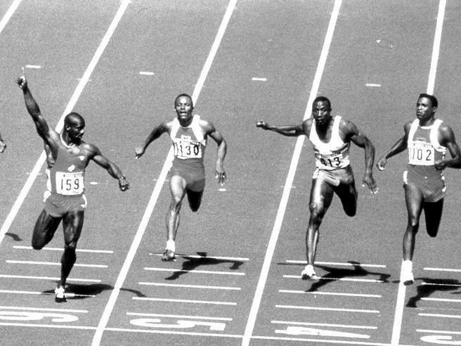 A Seul 30 anni fa si corre la finale olimpica dei 100 più discussa della storia, quella vinta da Ben Johnson