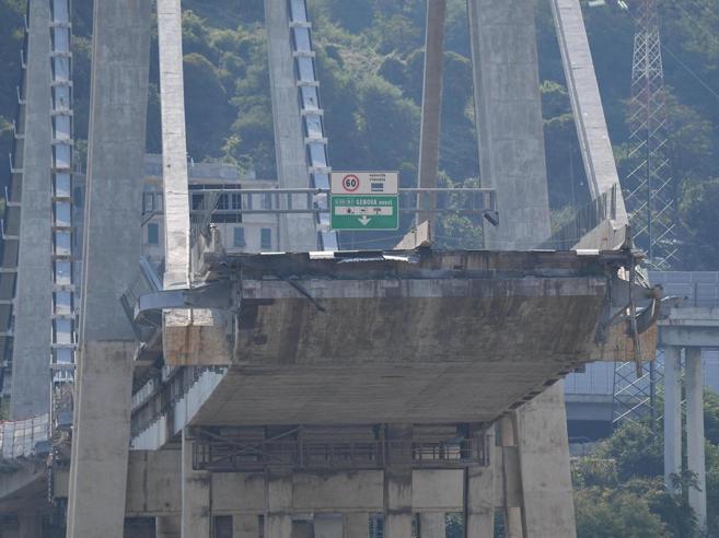 Ponte Genova, giallo sul decreto «Manca la copertura finanziariaSpazi vuoti al posto delle cifre». Ma ...