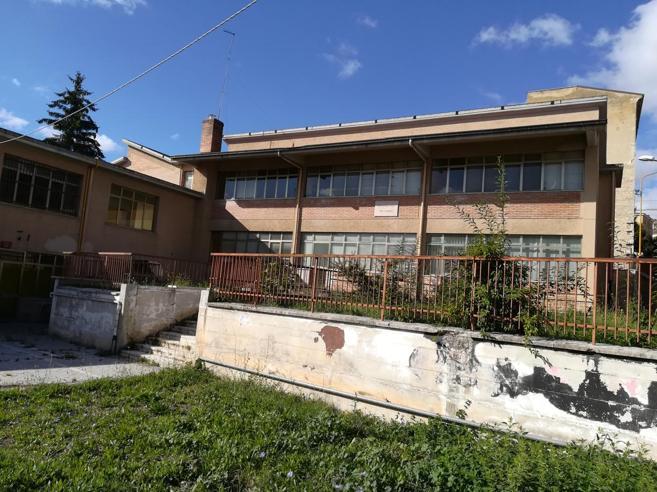 Campobasso, 20 scuole chiuseIl sindaco: prima la sicurezza