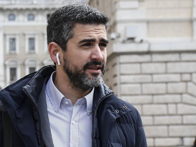 Fraccaro: «Il burocrate deve essere al servizio dei cittadini»