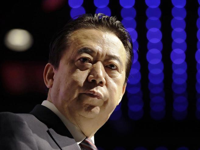 «Qui per te»: minacce in cinese a moglie dell'ex capo di Interpol