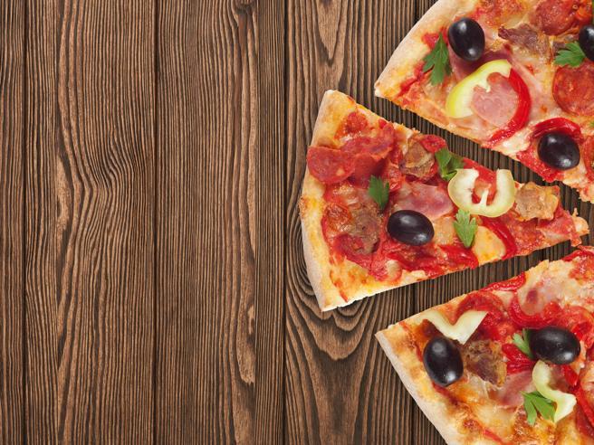 Londra, la pizza si restringe: così il governo dichiara guerra alle calorie