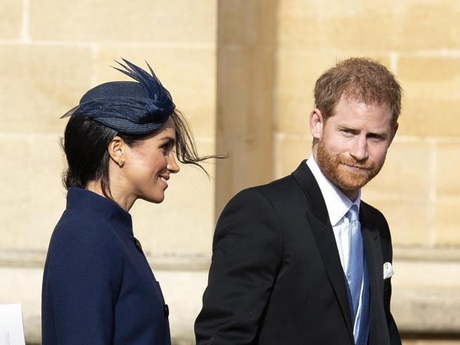 Harry  e Meghan   aspettano un bambino: arrivo  in primavera Video  L'album delle nozzeÈ il quarto   royal baby - Video