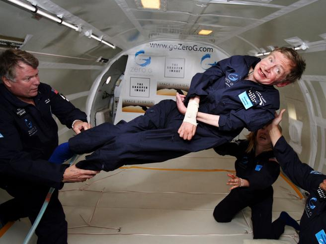 Stephen Hawking: «Una razza di superumani geneticamente modi