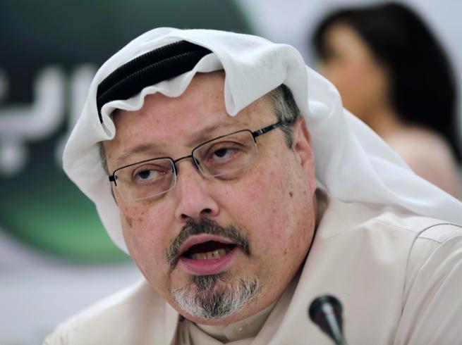 «Khashoggi fu fatto a pezzi dopo l'uccisione, trovate le prime tracce»