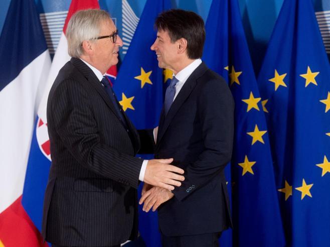 Manovra, Juncker: «Con l'ok all'Italia reazioni violente dagli altri Paesi»Sì al reddito di cittadinanza su ...