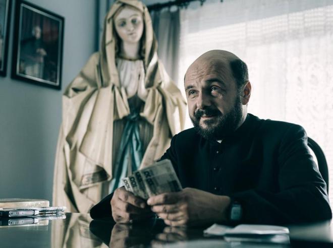 Alcol, soldi e abusi del «Clero» Il film-choc che  gela la Polonia