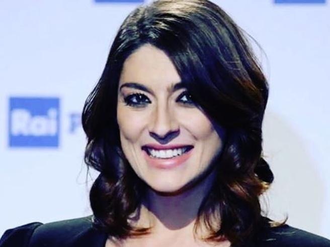 Elisa Isoardi: «Ho avuto un tumore e ho rischiato di perdere la voce»