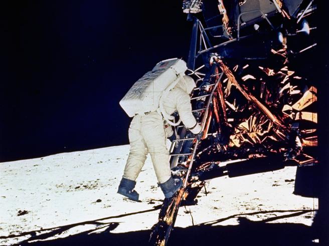 Don Eyles: «Così  nel 1969 salvammo la missione Apollo 11 sulla Luna»  Video