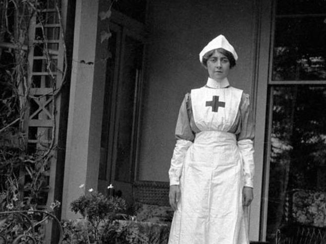Da crocerossina a farmacista, così Agatha Christie ha imparato tutto sui veleni