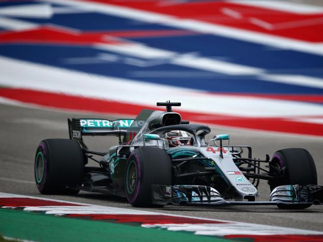 Gp Stati Uniti, Hamilton in pole per 6 centesimi su Vettel, che partirà 5°