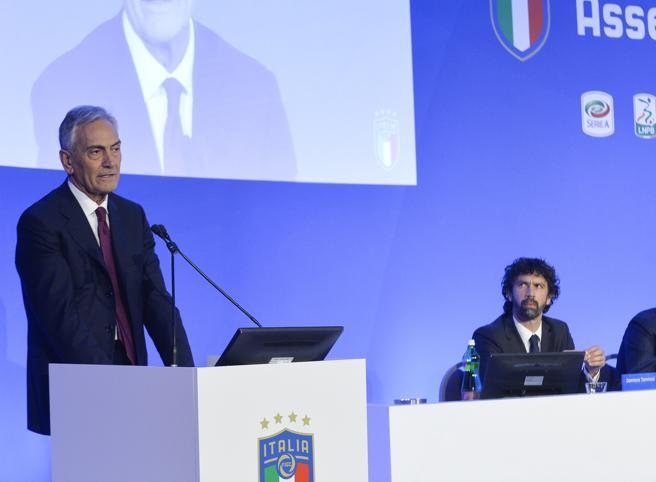 Figc, Gravina eletto presidentecon il 97% dei voti: «E ora cambiamo»