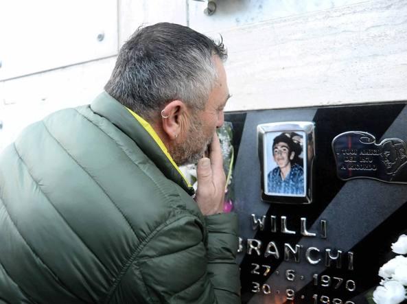 49aebe1ee3 Goro, l'omicidio di Willy Branchi 30 anni fa. Il prete indagato ...
