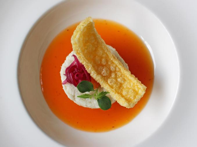 Brandade di baccalà con salsa di cachi, cipolla caramellata e chips di polenta di Terrazza di Via Palestro