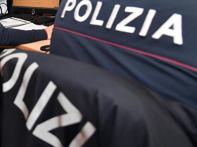 Bari, polizia salva tredicenne dal suicidio per un gioco mortale online
